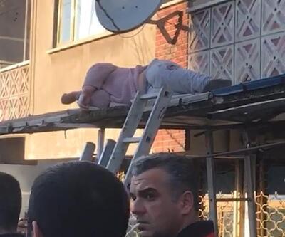 3'ncü kattaki balkondan dükkanın tentesine düştü