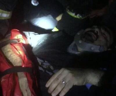 Otomobil kamyona arkadan çarptı: 1'i ağır 3 yaralı