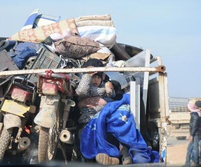 Saldırılardan kaçanların kamyon kasasında umuda yolculuğu