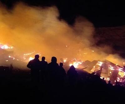 Erzurum'da feci yangın: 10 ev kül oldu