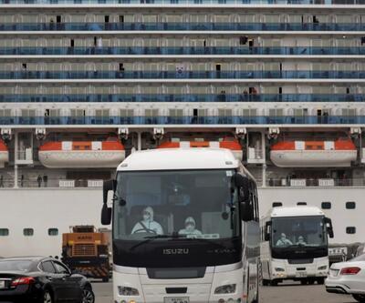 ABD, karantina gemisinden 300 vatandaşını tahliye etti