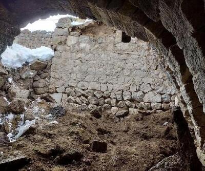 Kayseri'de ahır çöktü, 3 büyükbaş telef oldu