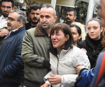 Evinde ölü bulunan doktor defnedildi