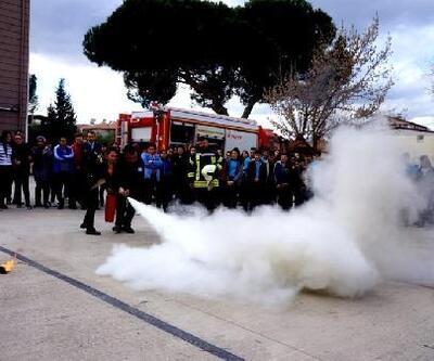 Sarıgöl'de dört okulda yangın eğitimi verildi