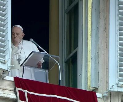 Dünyada virüs alarmı: İptal açıklaması sonrası Papa ilk kez görüldü!