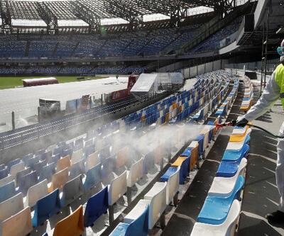 İtalya'da Napoli-Inter maçı koronavirüs nedeniyle ertelendi