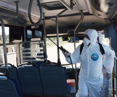 Aksaray'da belediye otobüsleri dezenfekte edildi