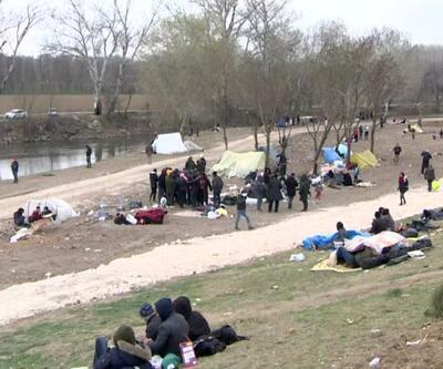 Göçmenlerin sınırdaki bekleyişi devam ediyor
