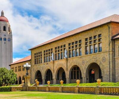 Stanford koronavirüs nedeniyle derslerini online olarak verecek