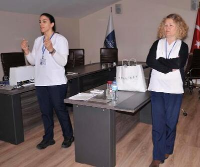 Kuşadası'nda personele koronavirüs eğitimi