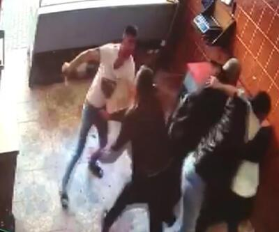 1 kişinin öldüğü bıçaklı alacak kavgası kamerada