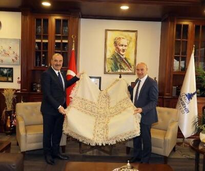 Mudanya Bediye Başkanı Türkyılmaz, Tunç Soyer ile Cittaslow için buluştu