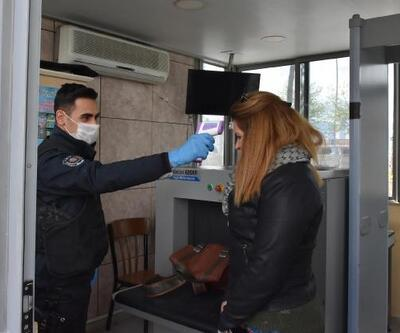 Marmaris'te polis merkezlerinde koronavirüs önlemi