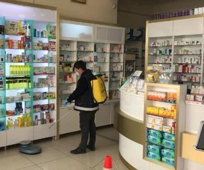 Mamak'taki eczaneler dezenfekte edildi