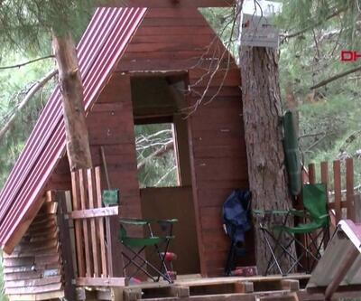 Virüsten ağaç evde korunuyorlar