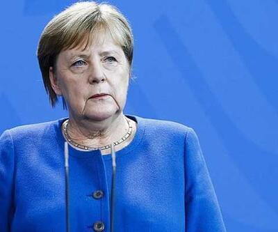 Almanya Başbakanı Merkel'in üçüncü Kovid-19 testi de negatif çıktı