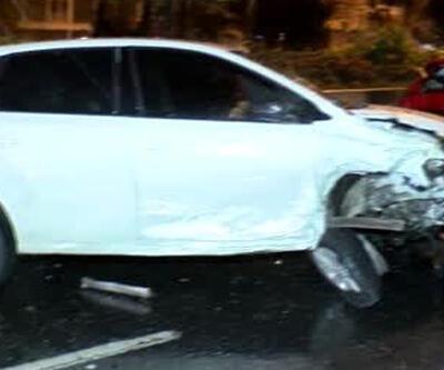 Bağcılar'daki zincirleme kazada 10 araçta hasar oluştu
