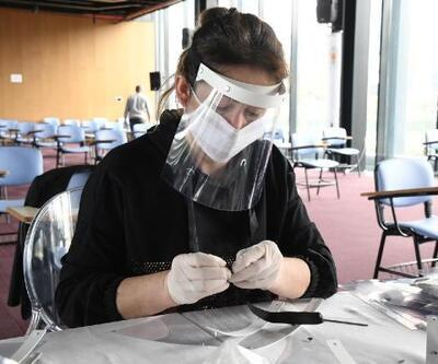 Samsun'da belediye günde bin siperlik maske üretiyor