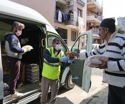 Buca'da Belediye 25 bin boyoz ve yumurta dağıtıldı