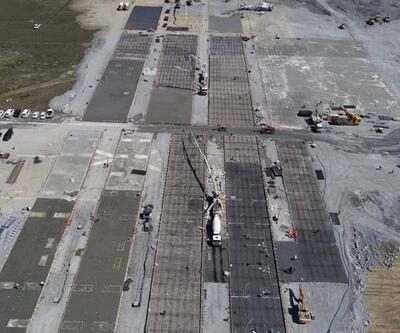 Atatürk Havalimanı'na yapılan hastane inşaatında zemine beton dökümü başladı