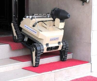 Bomba imha robotu dezenfekte aracına dönüştü