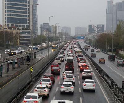 İstanbul'da uzun aradan sonra trafik yoğunluğu
