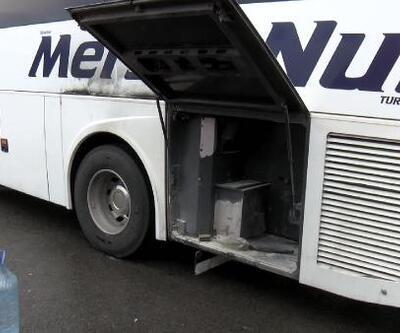 Hareket halindeki yolcu otobüsünde yangın paniği