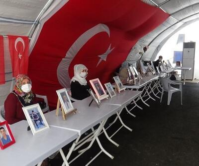 HDP önündeki ailelerin evlat nöbeti 233'üncü gününde