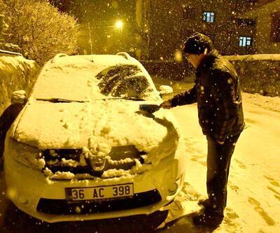 Sıcaklık -3'e düştü! Nisan ayında kar sürprizi
