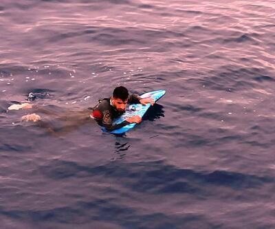 Sörf tahtasıyla Yunanistan'a geçmek isterken yakalandı