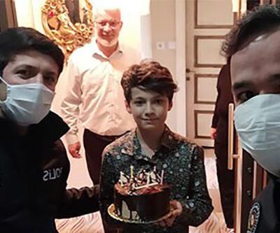 Mert'e polislerden doğum günü sürprizi
