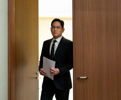 Samsung'un veliahtı rüşvet skandalı yüzünden özür diledi