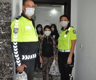 Polis Trafik Haftası'nı çocuklarla kutladı