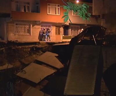 Esenler'de korkutan göçük: Binalar boşaltıldı, sokak kapatıldı