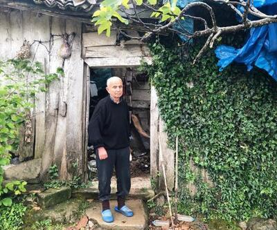 Görme engelli yaşlı adam çökmek üzere olan evde yaşam mücadelesi veriyor