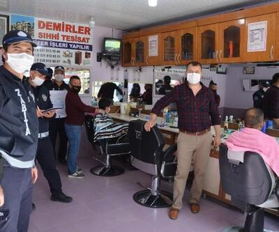 Korkuteli'de berber ve kuaförler açıldı