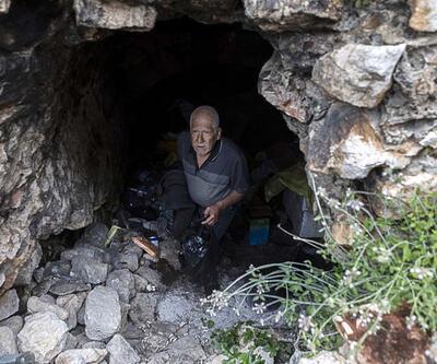 'Mersinli Robinson' 15 yıldır mağarada yaşıyor