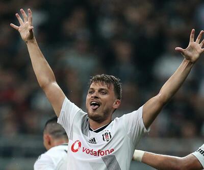 Adem Ljajic Beşiktaş'tan ayrılmıyor