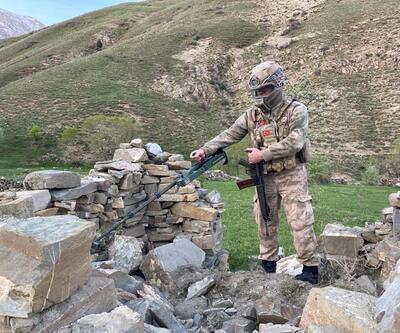 Başkale'de PKK'nın suikast silahları bulundu