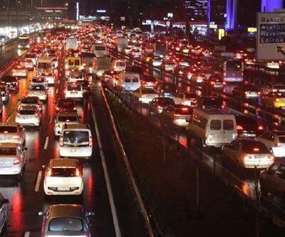 İstanbul'da akşam trafiği yoğunluğu artışa geçti