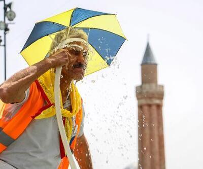 Antalya'da termometreler 40 dereceyi gösterdi