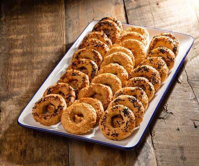 Kandile özel iftar menüsü; Kandil Simidi, Vişne Şerbet, Tatlı Pişi