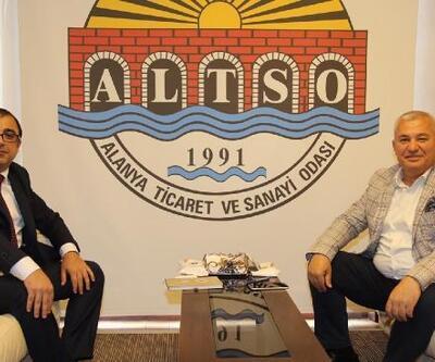 Alanya'daki yerleşik yabancılara Türkçe kursu