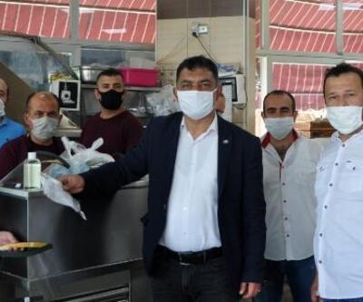 Korkuteli CHP, maske ve siperlik dağıttı