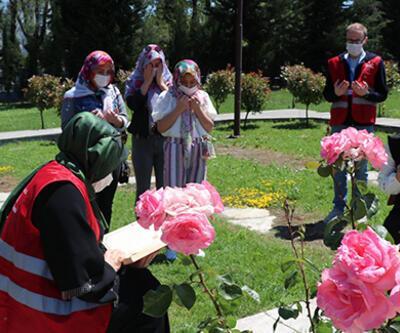 Bakan Zehra Zümrüt Selçuk: Bayramda 35 bin şehit ailemiz ve gazimiz ziyaret edildi