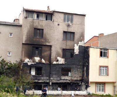 Avcılar'da gece yarısı yangın dehşeti