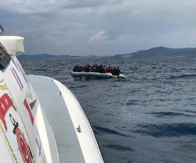 İzmir'de 60 düzensiz göçmen kurtarıldı