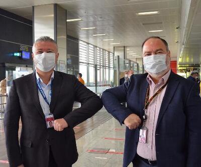 Sabiha Gökçen'de iki aylık aranın ardından ilk uçuş İzmir'e yapıldı