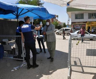Derik'te halk pazarı, 6hafta aradan sonra açıldı