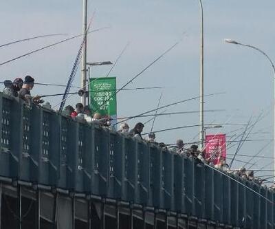 Galata Köprüsü eski günlerine döndü